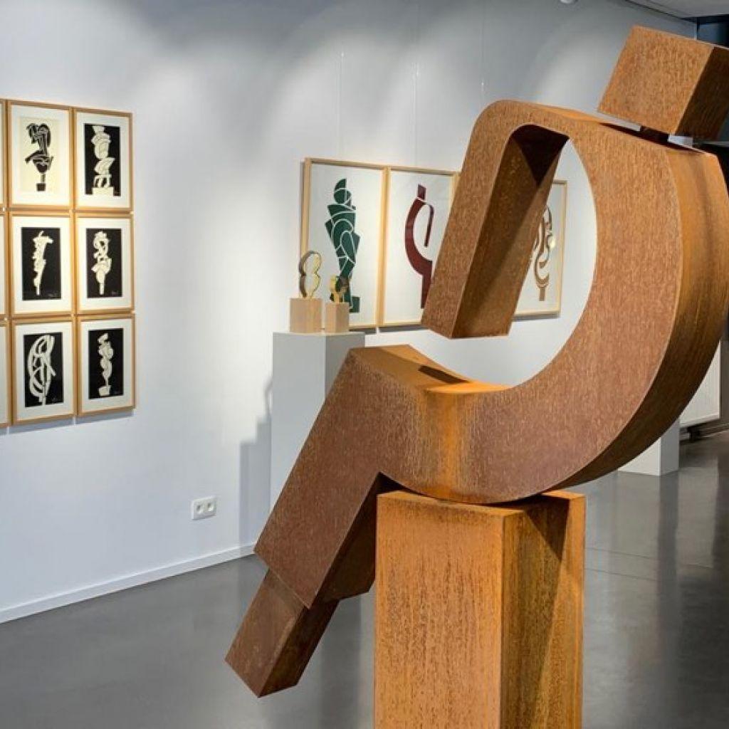 Exposition de sculptures et tableaux David Mann à la galerie ABC&Design à Verviers