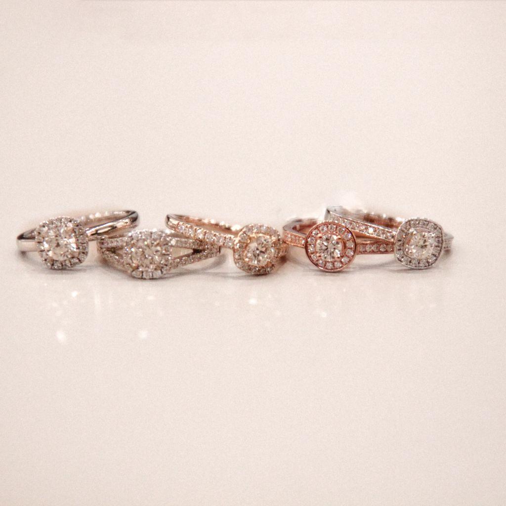 bague fiançaille or blanc rose jaune diamants liège