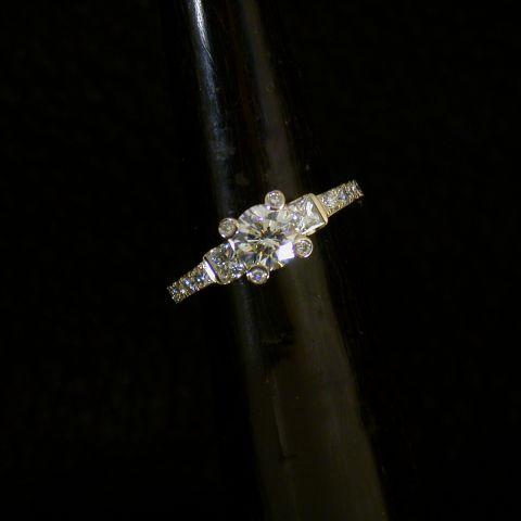 bague création david mann or diamants tout autour