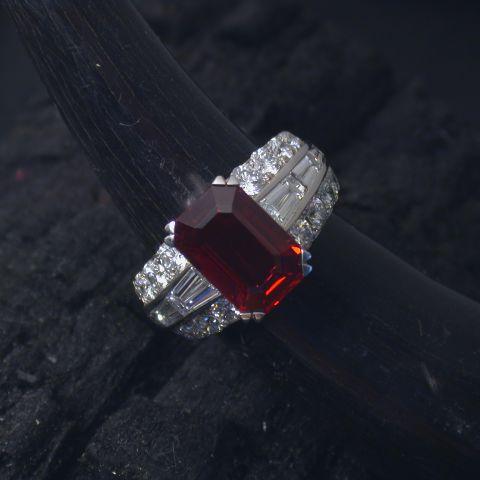 bague création david mann or blanc rubis diamants corps de bague