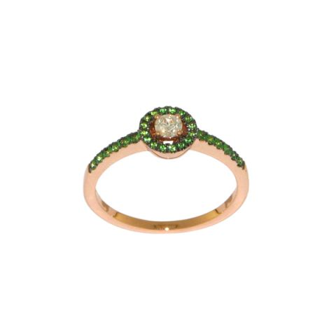 Bague entourage tsavorites, diamant central et or rose
