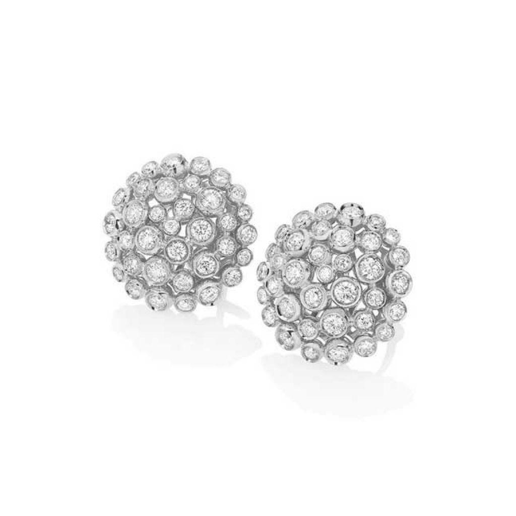 Boucles d'oreilles Casato serties de diamants sur or blanc